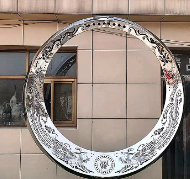 不锈钢抽象月亮圆环广场城市金属雕塑公园学校不锈钢发光抽象雕塑